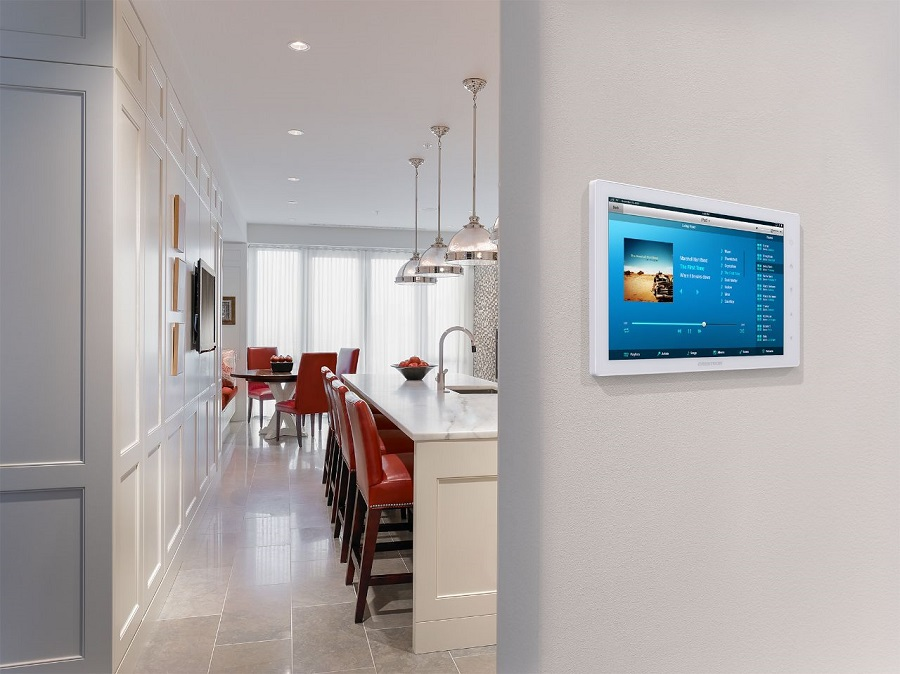 Explore the Many Options For Controlling Your Smart Home System