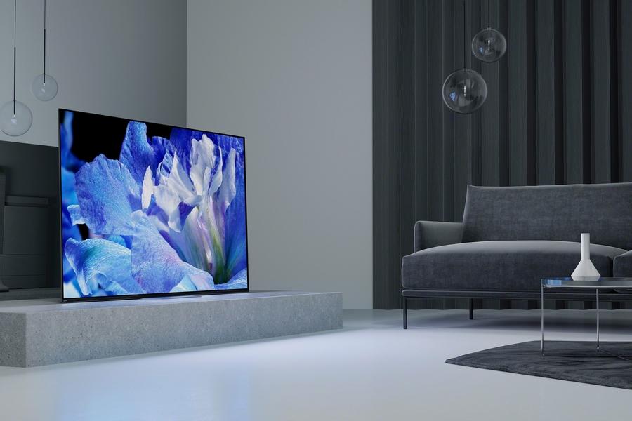 OLED vs. LED TVs: What's Best for Super Bowl Sunday?