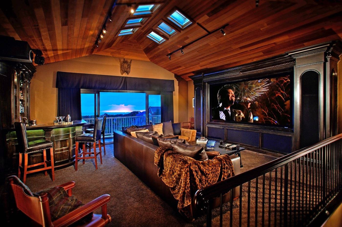 Love Luxury? Here's What You Need In Your Media Room