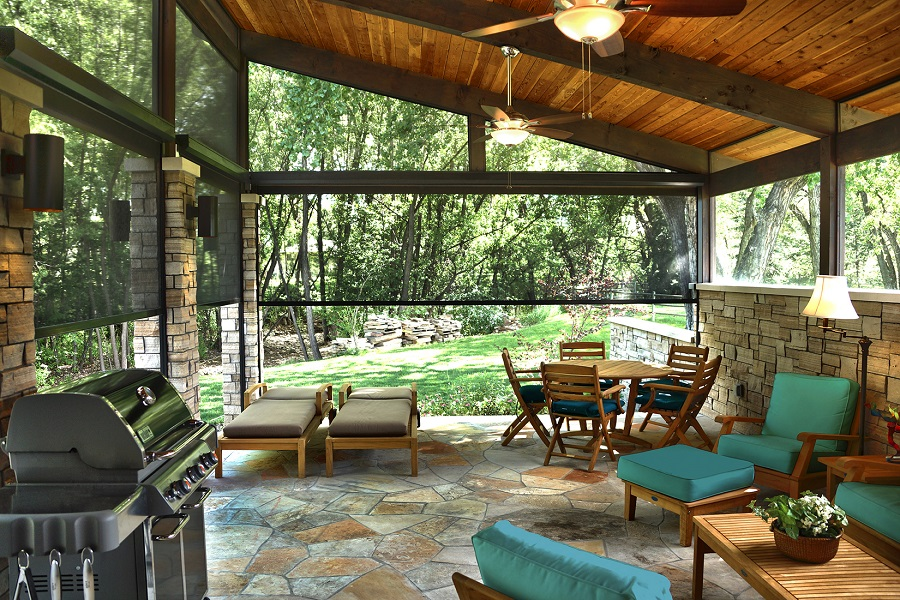 Maximize Comfort This Summer with a Motorized Outdoor Shades Installation